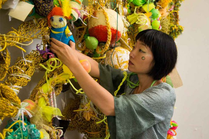 DADAA | Research and evaluation | professional artist Hiromi Tango works on community sculpture in Geraldton