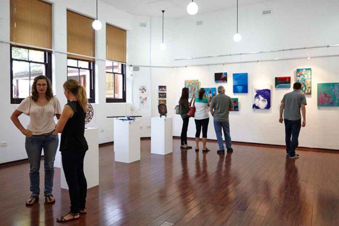 DADAA | people in gallery
